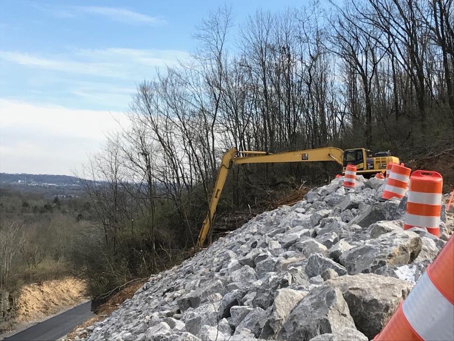 TDOT Stabilizes I-24 Hillside After Landslide   Construction