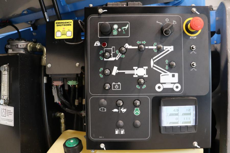 The new Genie positive air shutdown system for Tier 4F Deutz diesel engines is designed with an automatic engine shutoff feature that includes RPM monitoring. This feature is simple to use and meets the strictest jobsite requirements and global environmental standards.