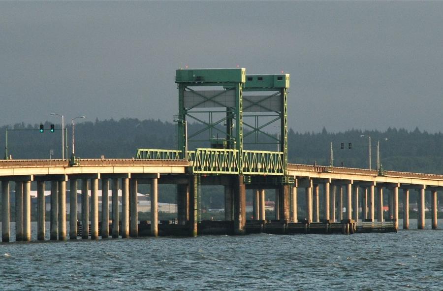 New Youngs Bay Bridge (Wikipedia photo)