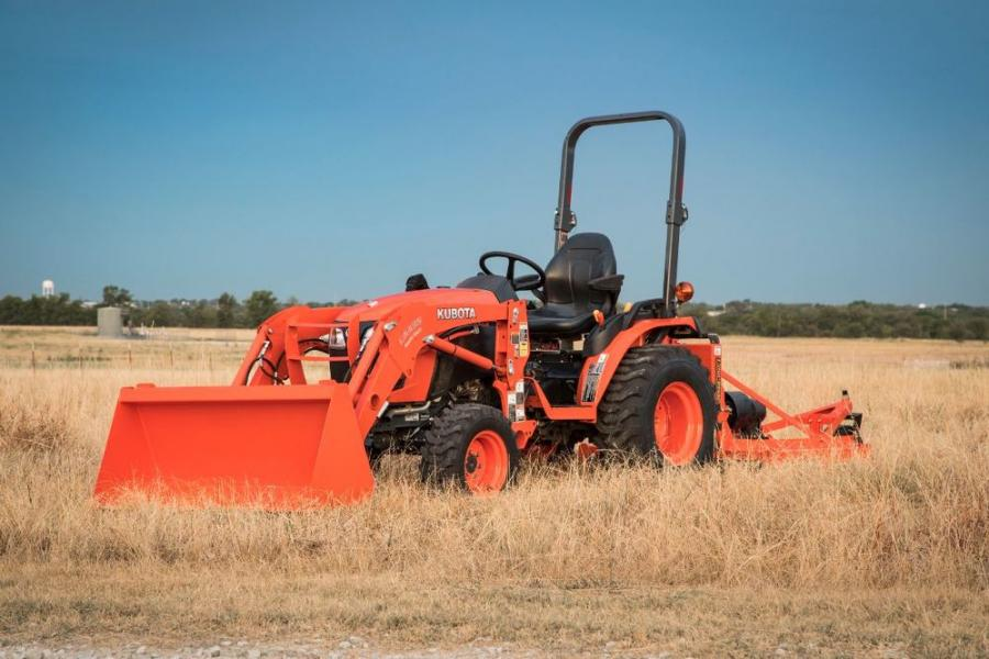 The B01 Series models include the B2301 and B2601, and both are equipped front to rear with a wide range of features that provide comfort and efficiency for maximized productivity.