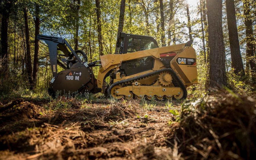 The 299D2 XHP Land Management machine's powerful Cat C3.8 engine, rated at 110 gross hp (82 kW), combines with its high-flow/high-pressure auxiliary hydraulic system — 40 gpm @ 4,061 psi (150 L/min @ 28 000 kPa) for a calculated hydraulic-horsepower rating of 94 (70 kW) — to ensure optimum performance when powering high-production, hydro-mechanical attachments, such as mulching heads and industrial brush-cutters.
