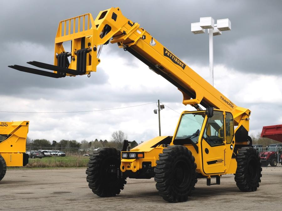 In taking on the Pettibone Traverse, Bracing Systems now offers a telehandler product line with a traversing boom carriage, which allows operators to safely place loads at full lift height without needing to coordinate multiple boom functions.