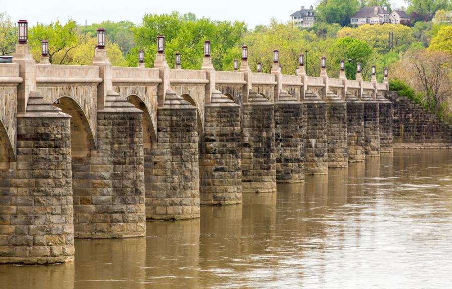 The Market Street Bridge in Harrisburg is among the state's 2,829 structurally deficient bridges. The west shore span of the bridge carries 13,000 vehicles a day.