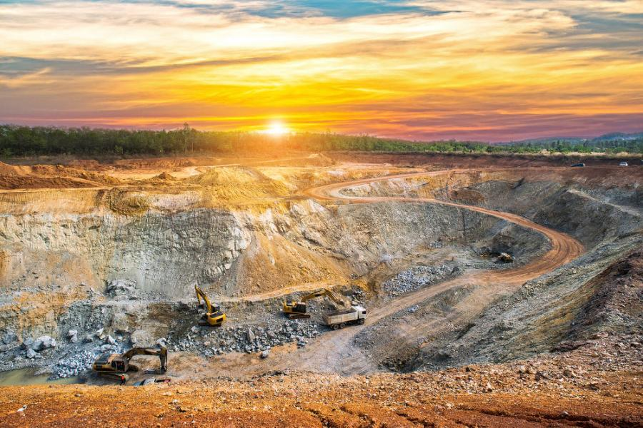 Paramount Gold Nevada Corp. has received a permit for the proposed Grassy Mountain underground mine.