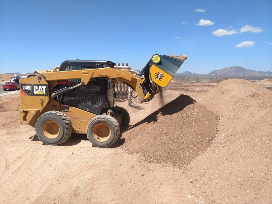 The GS 3-120SL is compatible with any manufacturer's medium-size skid steer.