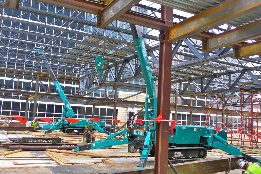 Steel Masters LP, a structural steel contractor, chose two Maeda MC305 mini-cranes over larger, more conventional options to complete its part of a project to renovate a historic building in Texas Medical Center in downtown Houston.