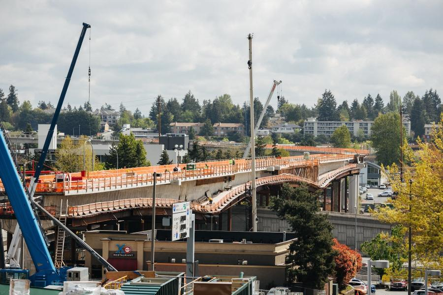 The design-build contract includes all work to complete final design and construction of 3.4 mi. of light rail guideway connecting to the existing Redmond Technology Station and extending to Downtown Redmond.
