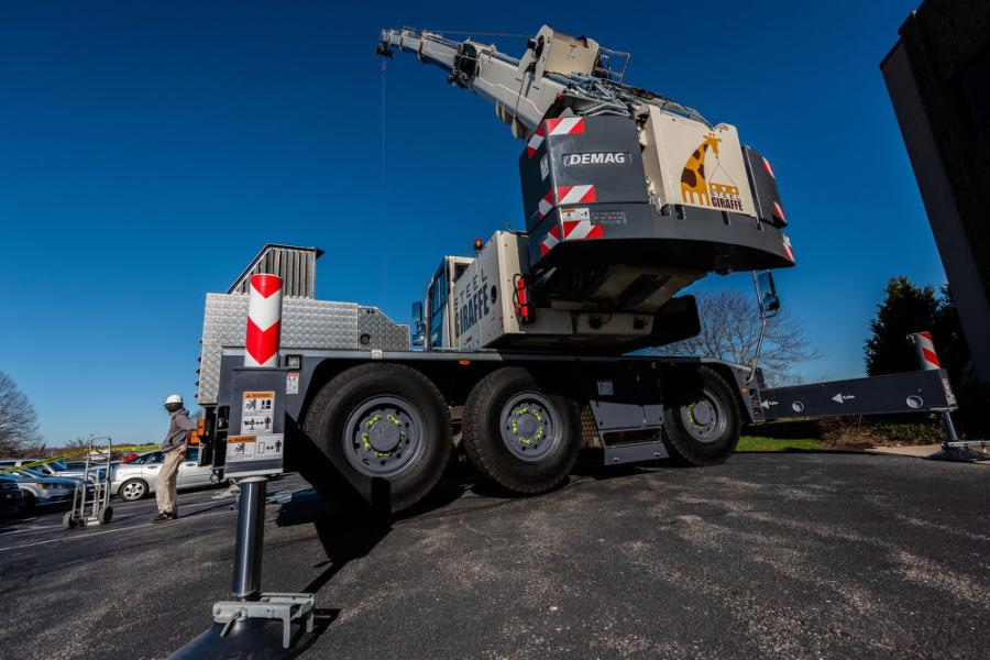 Steel Giraffe needs a flexible crane that can get in, quickly finish and get to the next job. Justin Melvin, general manager of Empire Crane, an authorized Demag Mobile Cranes distributor, recommended the 50-ton class Demag AC 45 City crane.