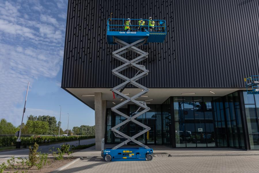 The Genie GS-4655 scissor lift model goes into production in late 2019. This model will be available immediately in North America and China, with rest-of-the-world deliveries starting in 2020.