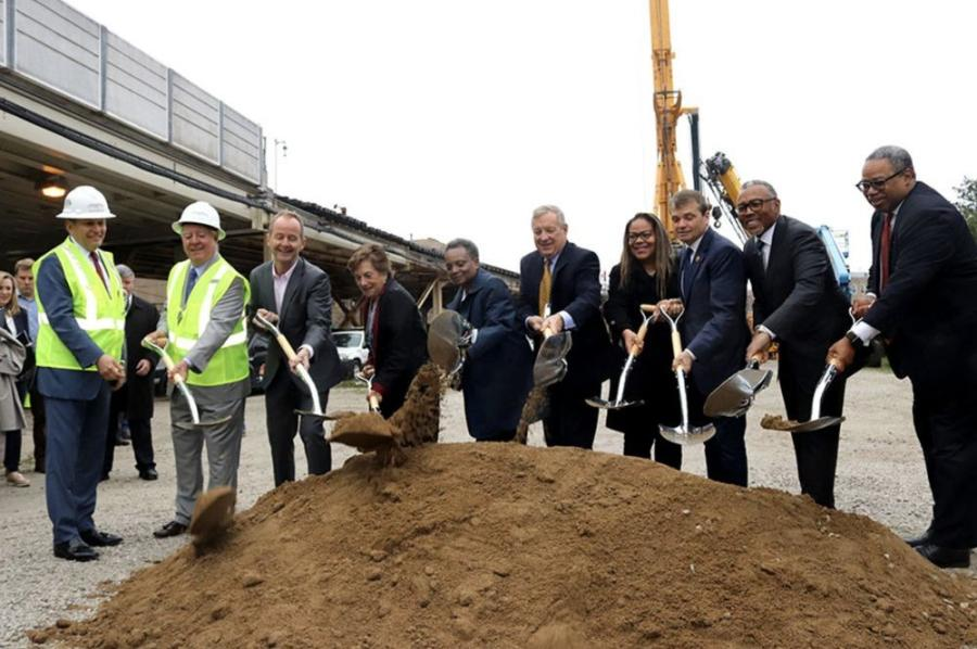 Walsh Construction and joint venture partner Fluor Corporation have broken ground on Phase One of the Chicago Transit Authority's (CTA) Red and Purple Line Modernization Program. 