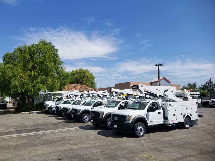Southern California's Commerce Truck & Equipment recently became a stocking dealer of VersaLift, a manufacturer of bucket trucks, digger derricks, cable-placers and high reach aerial lifts for a wide range of industries.