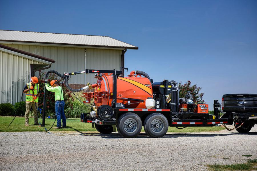 As the latest installment to the Ditch Witch HX vacuum excavator line, the HX30G features the same durable, low-profile design. A narrow frame helps ease navigation in urban or congested areas and height-restrictive areas — without compromising ground clearance for avoiding ground-level obstacles.