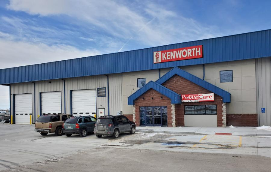 Kenworth Sales Company — Rock Springs sits on 3 acres, which allows for easy maneuverability and plenty of room for trailer parking.