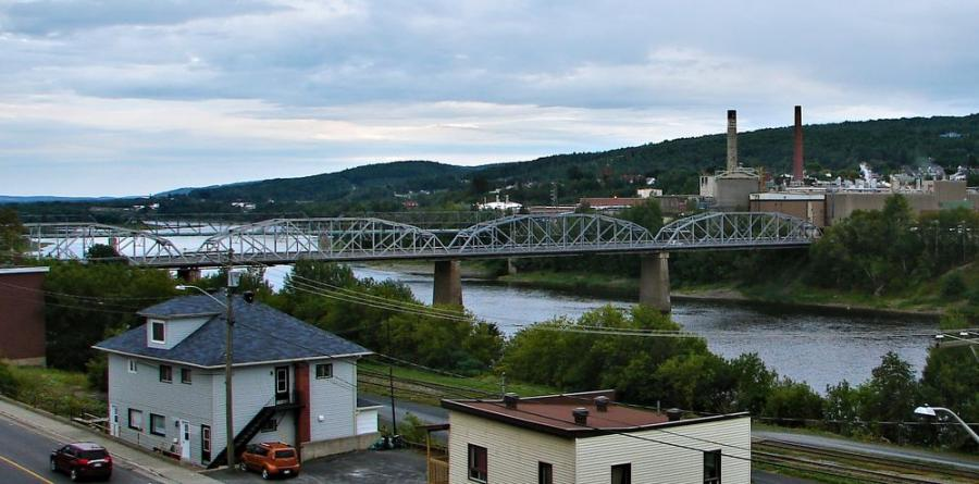 The biggest project in this Work Plan is the replacement of the Madawaska-Edmundston International Bridge. This bridge represents a vital link between Maine and New Brunswick. The current structure is 100 years old and has deteriorated to the point that it is near the end of its useful life.
