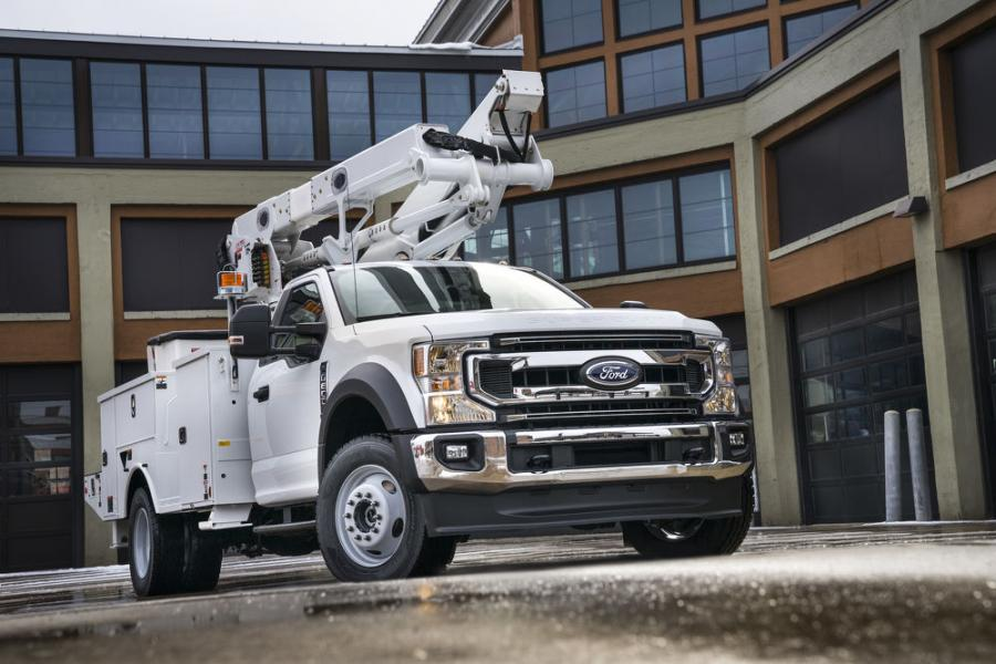 Ford F-600 delivers the capability of a Class 6 truck in a familiar Class 5 package, giving a new choice to fleets and vocational customers who need additional payload or want to mount heavier upfits without moving into a bigger truck.