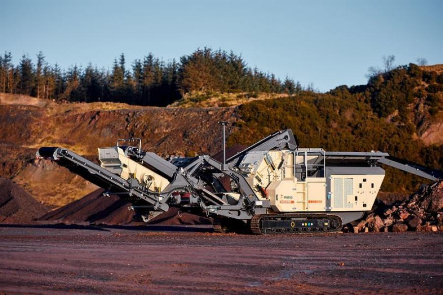 Metso Nordtrack I908S mobile impactor plant is part of the new mobile Nordtrack crushing and screening product range for the aggregates industry.