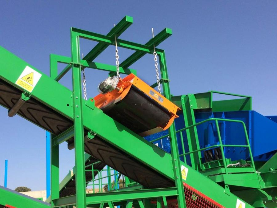 CP-20 and TP-25 suspended magnets, which have been successfully used in the recycling and aggregates industries in Europe for years, are now available in North America.