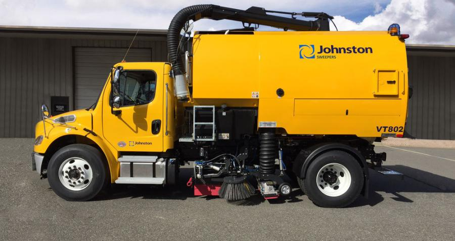 Designed to accommodate a wide variety of applications including large debris, leaf pick-up, uneven and porous surfaces or gutters and curbs, Johnston sweepers are popular with both municipalities and private contractors for urban streets, pedestrian zones, worksites, parking lots and airport runways.