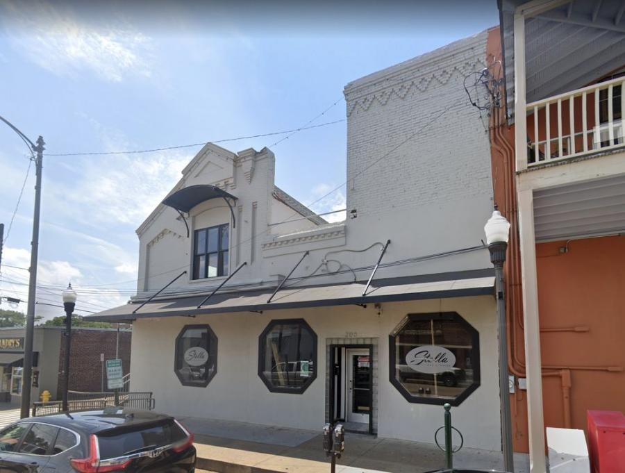 The 19th-century building at 208 S. Lamar Blvd. in Oxford, Miss., when it operated as a restaurant.