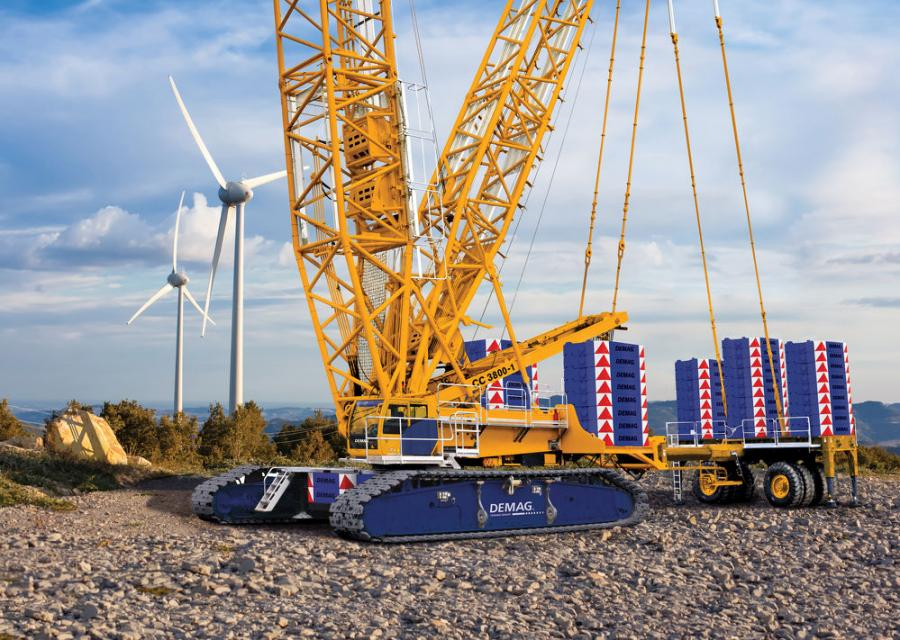 The Demag CC 3800-1 comes with a 472-ft. main boom. However, the crane's maximum system length can be extended all the way up to 561 ft. with the optional Boom Booster.
