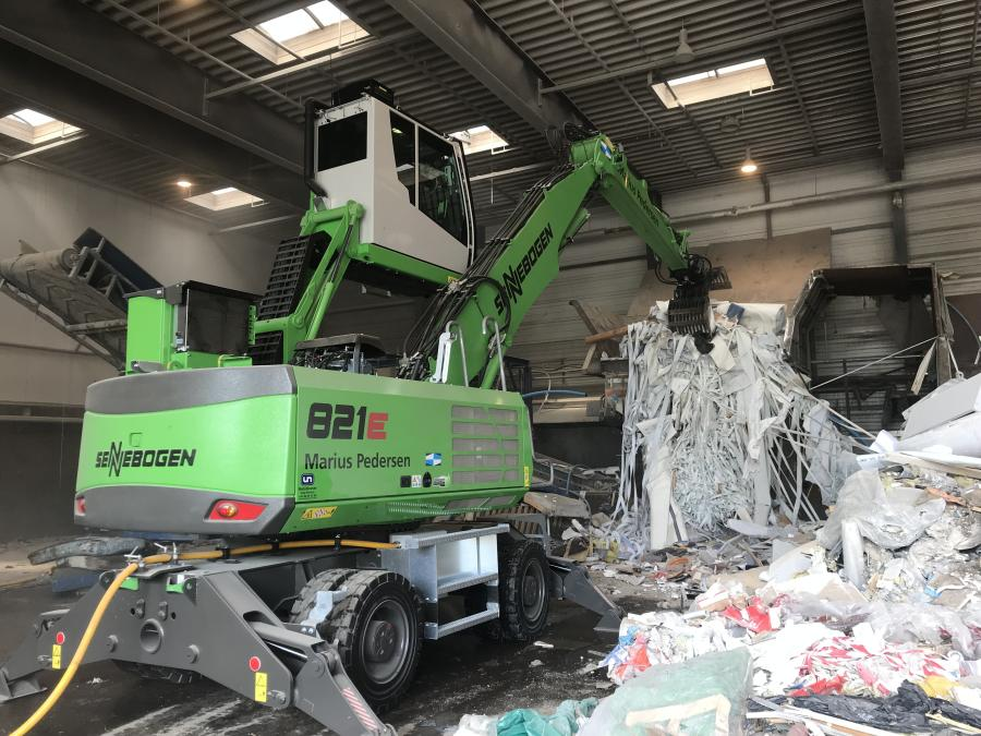 Danish recycler Marius Pedersen A/S recently commissioned this Sennebogen 821 M waste handler, which combines clean, efficient electric-drive with independent mobility within the indoor facility.