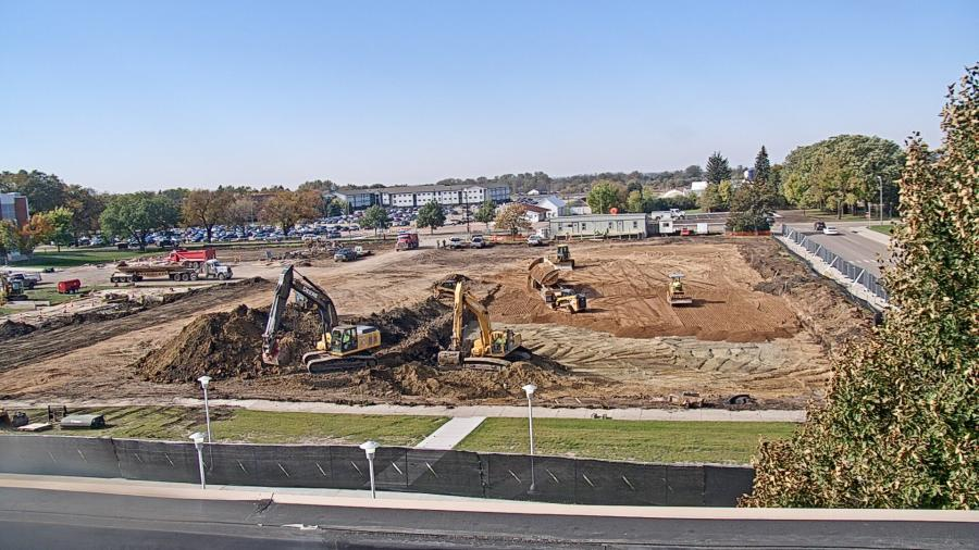 Crews perform site work for the new Raven Precision Agriculture Center on the SDSU Campus. (McCownGordon photo)