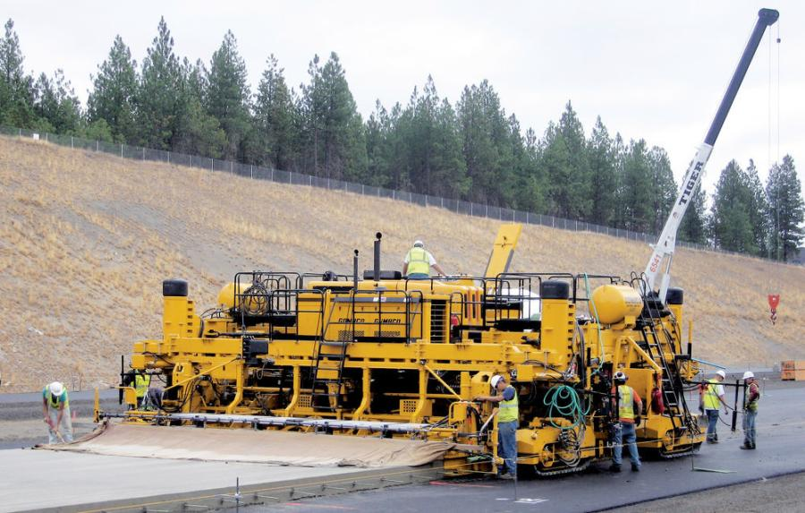 The GOMACO 2800 Slipform paver was used for the reconstruction of six bridges on I-40. According to the general contractor, J. Lee Milligan, it is the go-to piece for concrete paving.