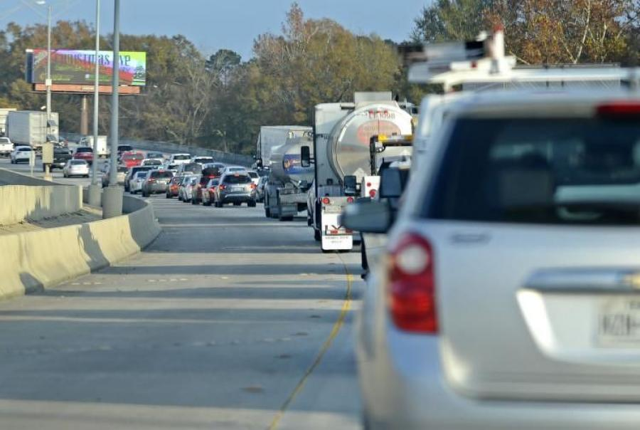 The move is aimed at easing the daily gridlock on the 15-mi. stretch between the I-10/I-12 split and Walker, on the east side of the capital city, especially during morning and evening commutes. (The Advocate photo)