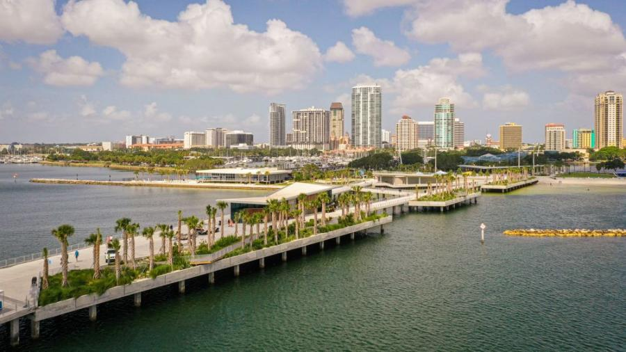 Skanskaannounced the completion of the St. Petersburg Municipal Pier and Pier Approach situated in the heart of downtown St. Petersburg, Fla.