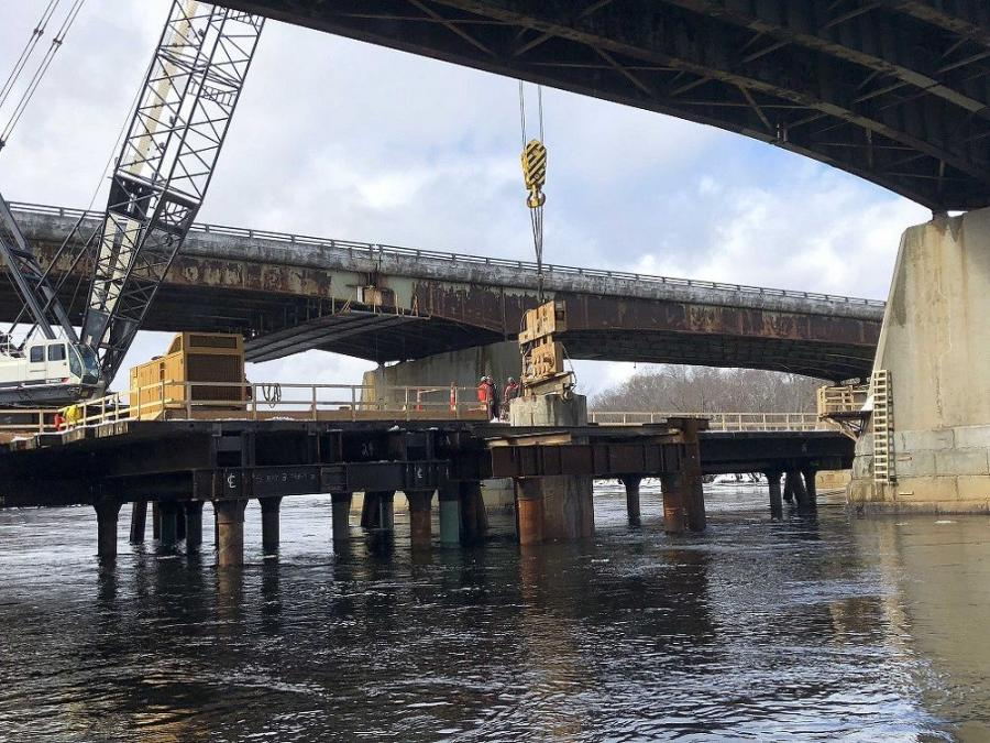 Both bridges, with an expected design life of 75 years, will be open to traffic in October 2021.