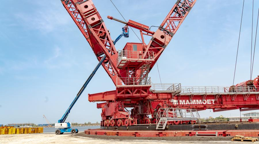 PTC200-DS Ring Crane during final assembly stage at Sing Da Port.