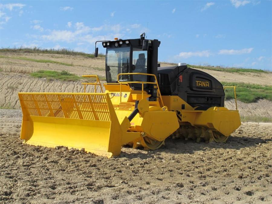 With the full-width, twin-drum system, compaction is directed straight down, while the multiple rows of teeth provide traction and prevent slippage.