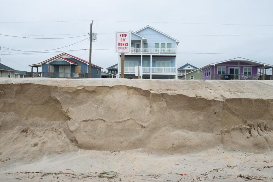 A nor'easter brought high tides and beach erosion to Surf City last November. (Port City Daily photo/Mark Darrough)