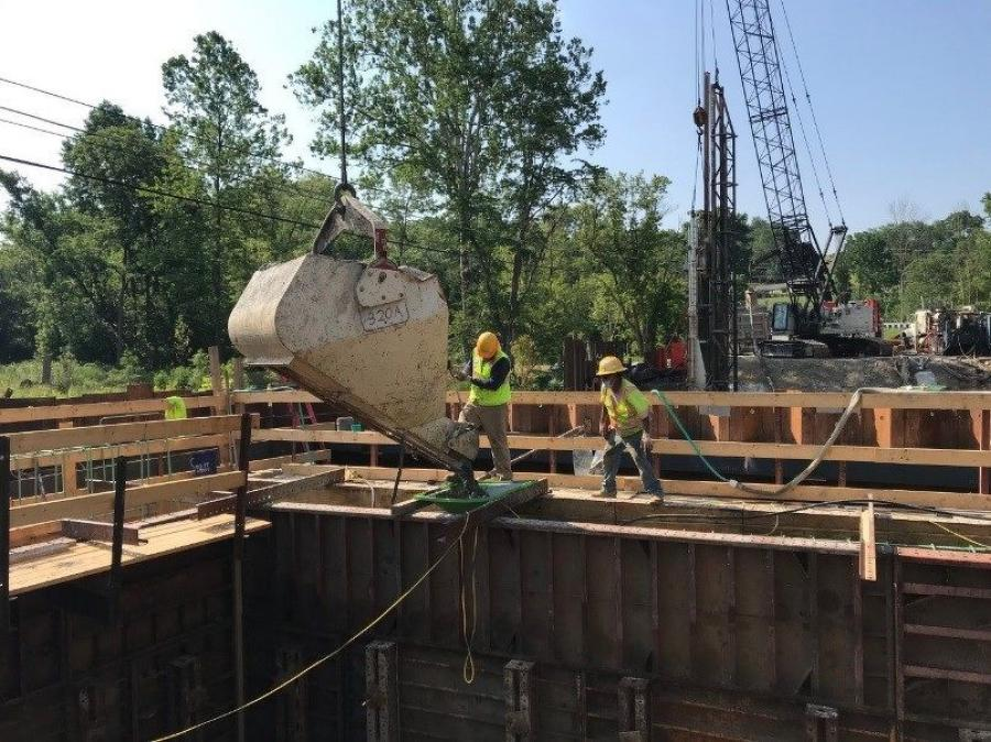Placement of concrete for the stem of the north abutment (abutment B) in July 2020. (MDOT photo)