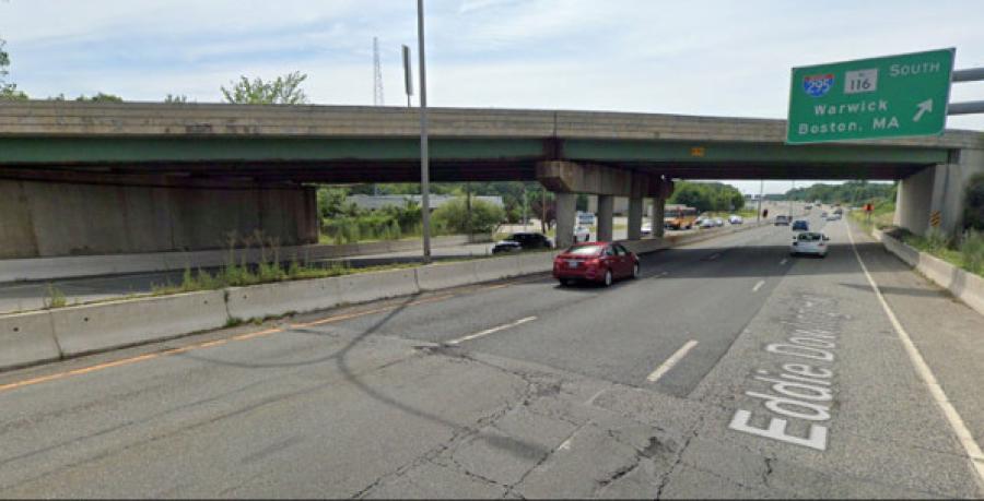 Route 146 at I-295 bridges looking south (RIDOT photo)