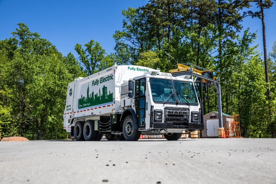 Mack Trucks announced plans to commercialize the Mack LR Electric refuse model powered by a fully electric integrated Mack drivetrain. Orders for the Mack LR Electric will open in Q4 2020, with deliveries beginning in 2021.