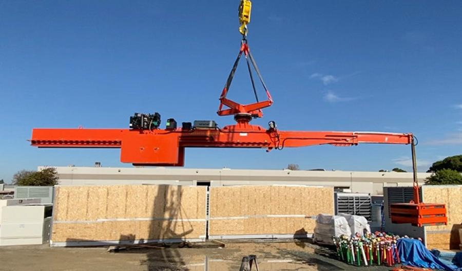 The SkyCrane is a self-leveling cantilever beam system.