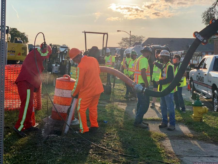 The Roundtable Live! has drawn utility professionals to Manteno, Ill., just south of Chicago, for the past three years, demonstrating everything from potholing underground facilities, to staging cross bore demonstrations, to installing utility lines and more.