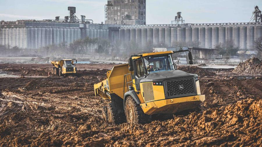 The new E-II trucks combine the most popular features of the E-Series line with customer-driven performance and operation enhancements.