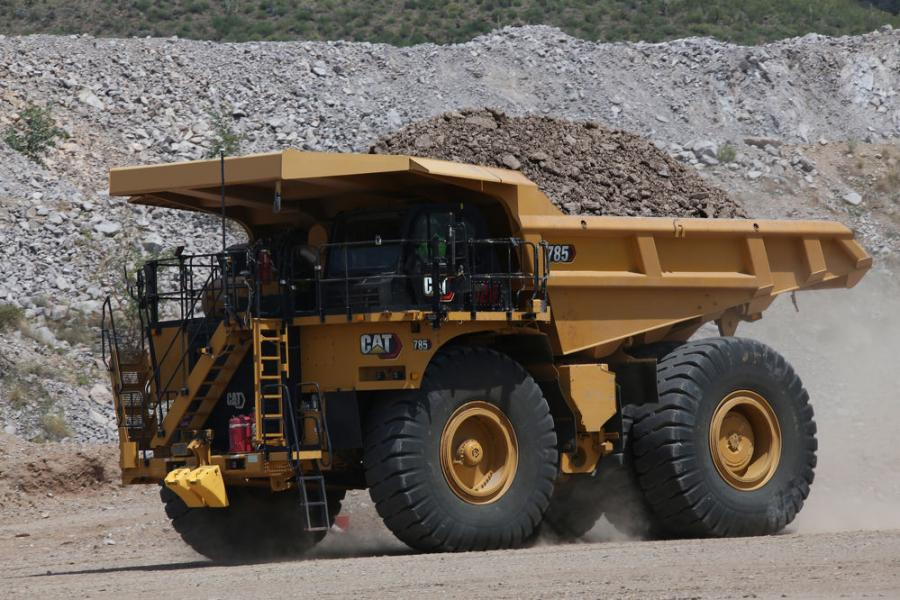 The Next Gen 785 is powered by the Cat 3512E engine offering selectable power options, allowing operations to match the speed of the fleet or to speed up cycle times.