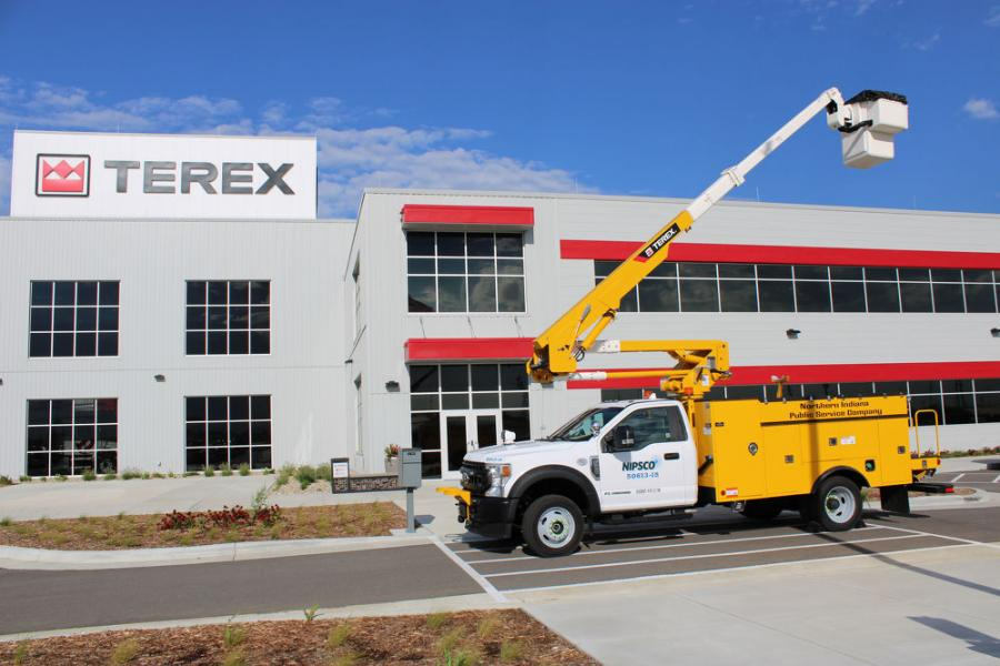 Among the first machines to roll off the line was a C6060 digger derrick for Otter Tail Power Company in Minnesota, an HR46 aerial device for Xcel Energy in Minnesota, a LT40 aerial device from NiSource in Indiana and a General 65 digger derrick for Brazos Electric Cooperative in Texas.