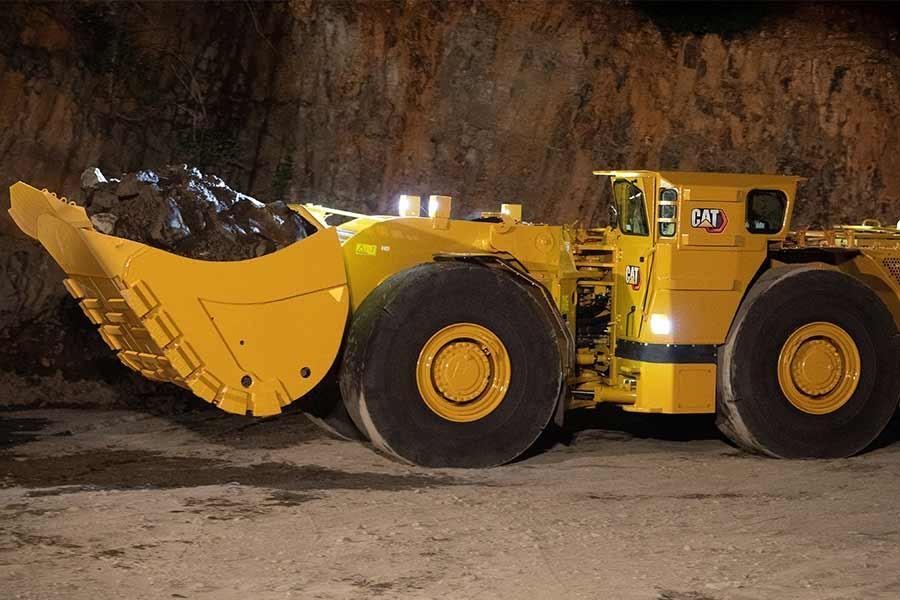 Cat underground loader