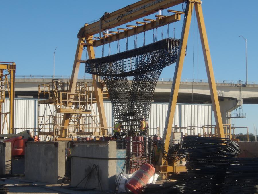 The Pensacola Bay Bridge carries traffic along U.S. Highway 98/Florida SR 30 between Pensacola and Gulf Breeze.