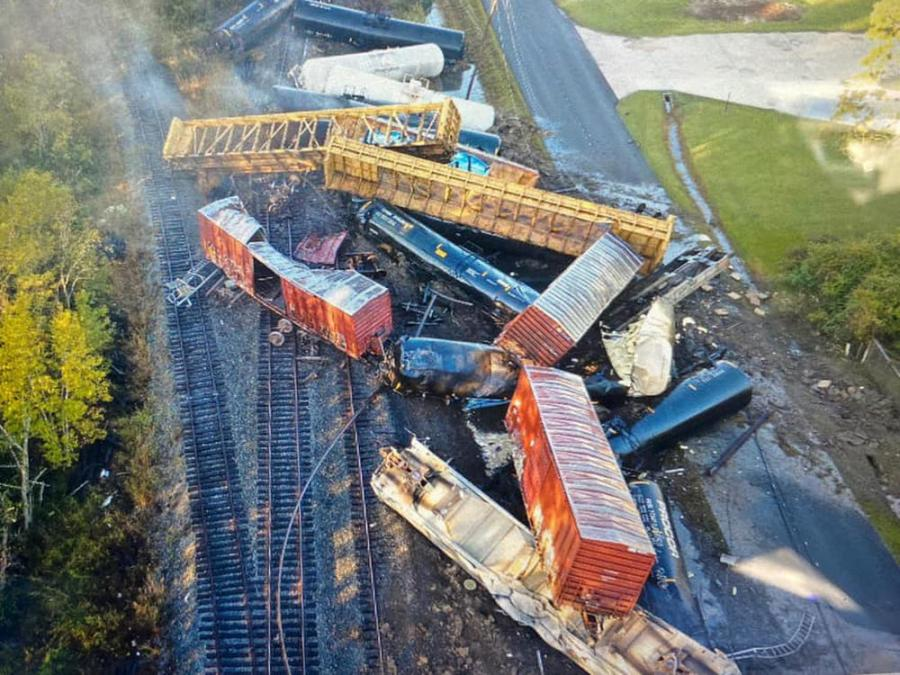 An aerial view after the derailment. (Orange County Sheriff's Office photo)