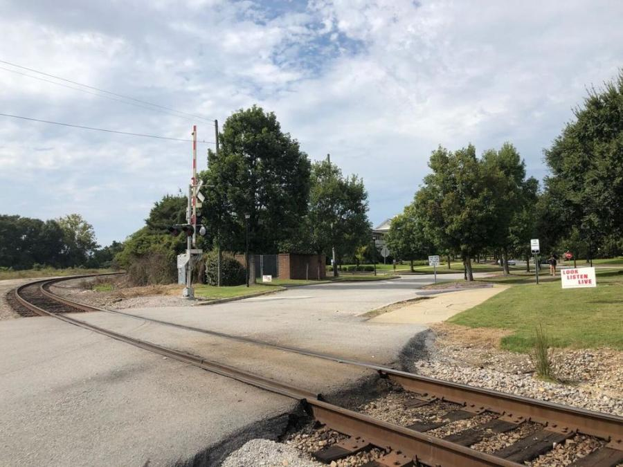 The intersection at Gadsden Street. (Forrest Tucker photo)