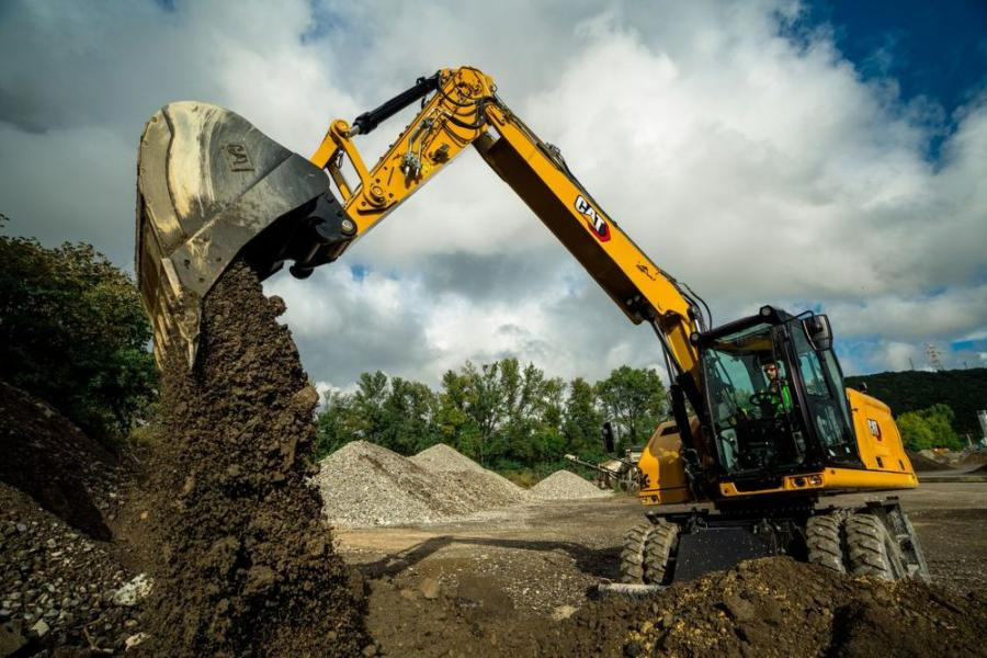 Quickly tackling a range of projects from utility work to general excavating to trenching, this versatile new wheeled excavator efficiently completes tasks, whether in the dirt or on asphalt surfaces. Its high travel speed reaching 21.7 mph (35 kmh) allows this new wheeled excavator to quickly travel between job sites, so it spends more time working.
