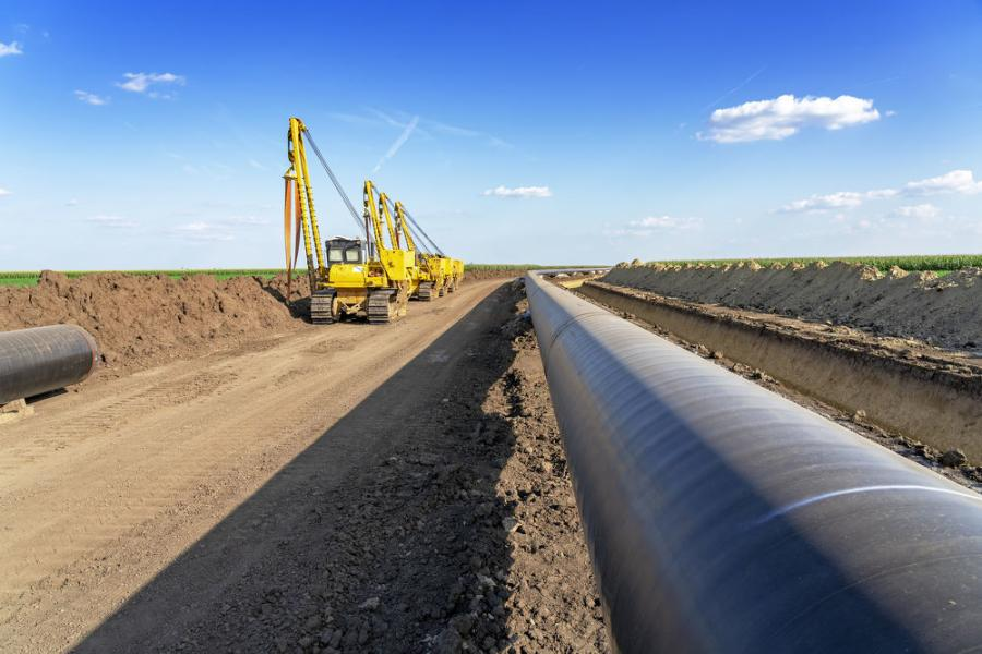 ARTBA and other industry associations supported the Keystone project for its economic benefits, including much-needed jobs in the transportation construction sector.