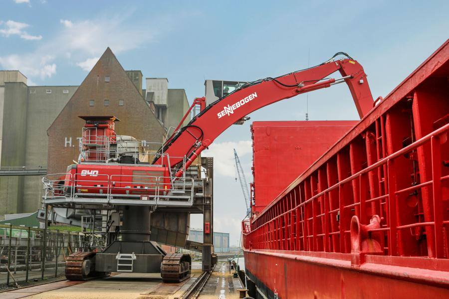 The red 840 R-HD on a 5 ft. (1.5 m) pylon from Sennebogen now supports ATR Landhandel GmbH & Co.KG in bulk material handling.