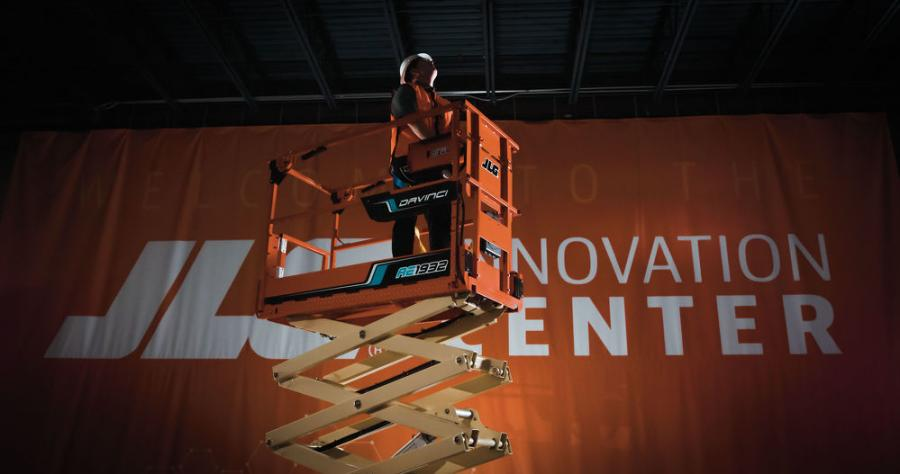 JLG's parent company Oshkosh is partnering with Microvast to advance the development of electrified solutions across the entire JLG product line.