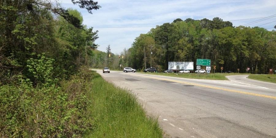 SCDOT will widen nearly 4.2 mi. of US 17 from the Georgia border to the intersection of SC 315 near Hardeeville, S.C. (South Carolina Department of Transportation photo)